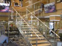 Лестница в тренажерном зале