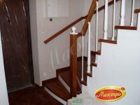 Г-образная монолитная лестница с облицовкой