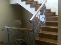 П-образная монолитная лестница с облицовкой